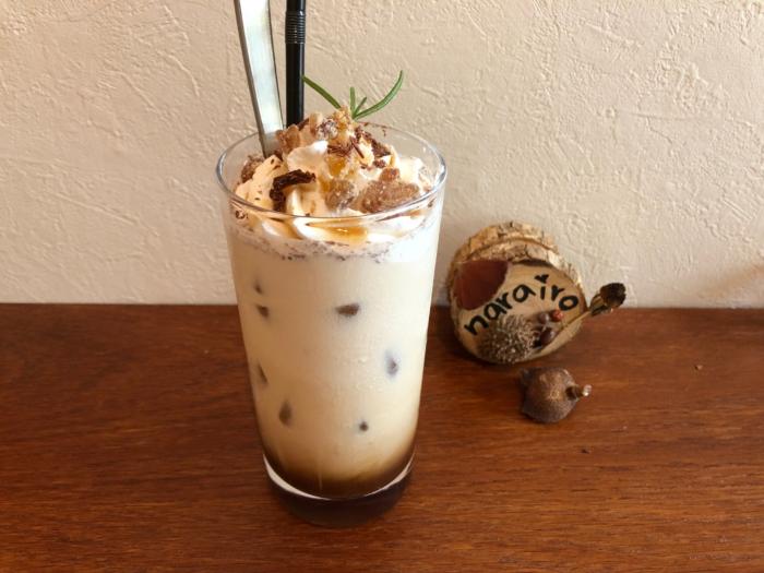 narairoカフェのアイスマロンショコララテ