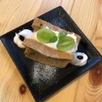 narairoカフェの珈琲シフォンサンド