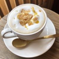 narairoカフェの焼き芋オレ